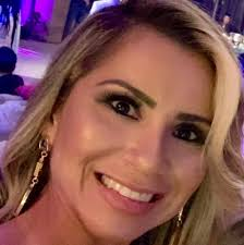 Dra Nathália Beatriz